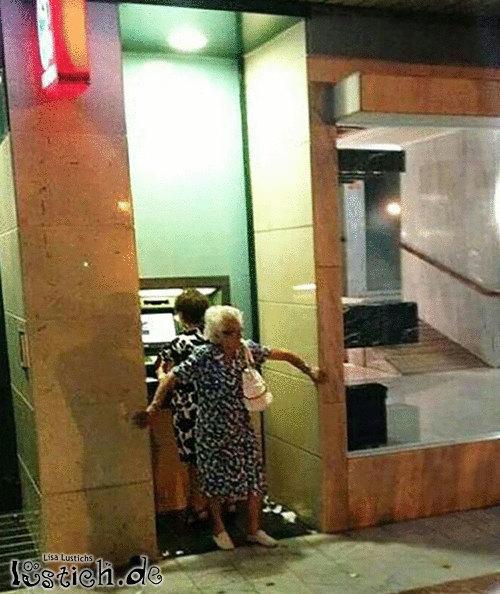 Sicherheitsdienst-Grandma
