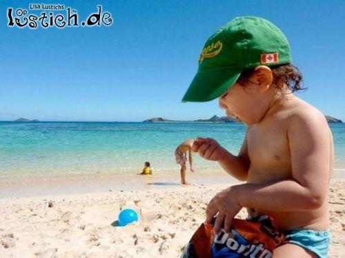 Kleiner Mann am Strand