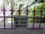 Nicht auf den Zaun setzen