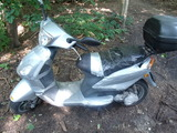 Moped vom Typ Panzertape