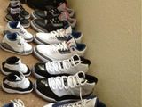 Immer zwei Paar Schuhe